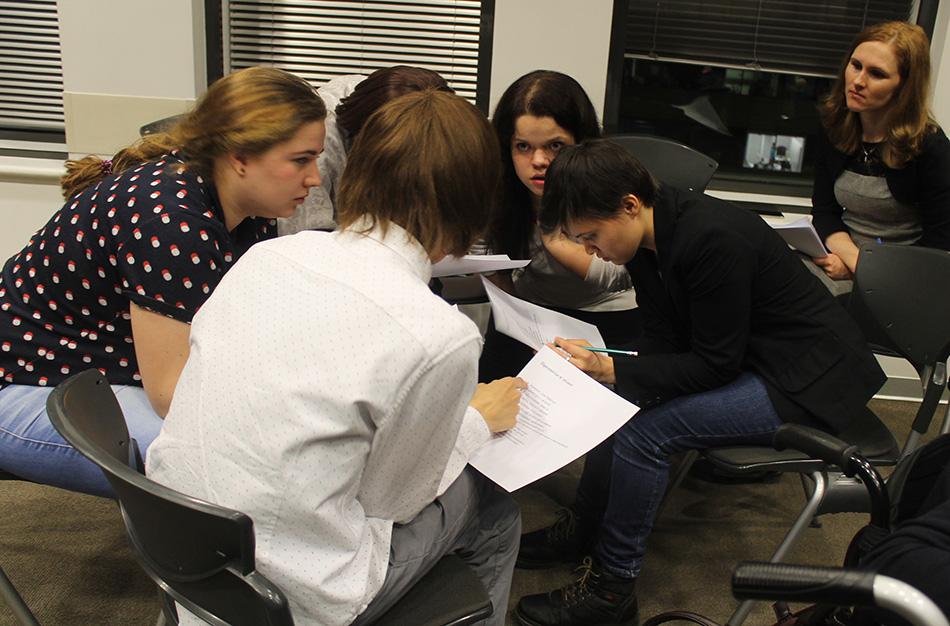 Участники конкурса «Путь к карьере» моделировали образ идеального сотрудника