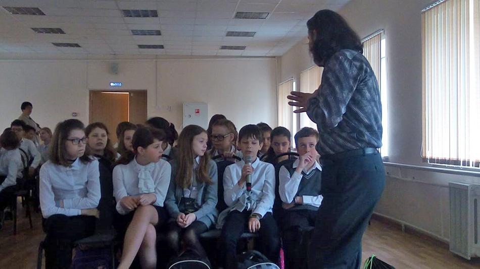 В московской школе № 22 прошел заключительный кинопоказ цикла Уроки Доброты