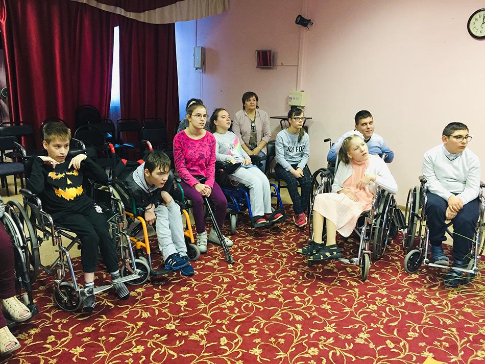 Урок параспорта в московской школе