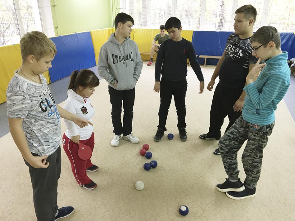 Спорт в «Вертикаль»: как прошли турниры по бочча и голболу