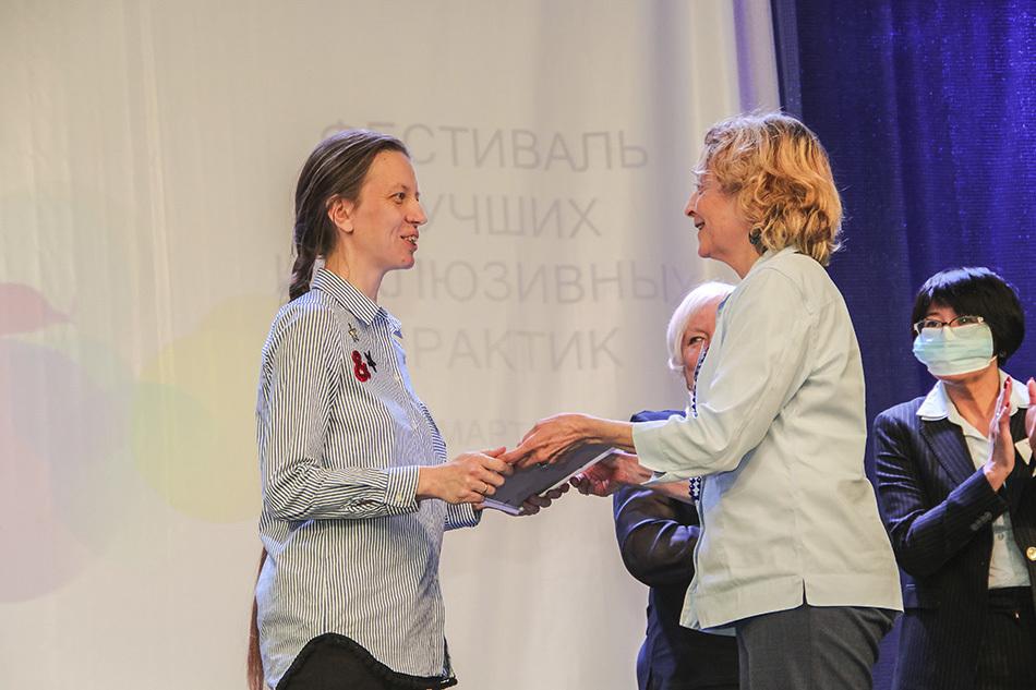 «Чужих детей не бывает»: история Юлии Шульдешовой