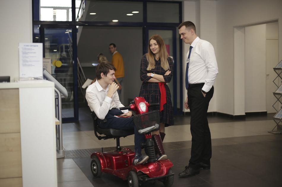 Получи достойную работу: как прошла ярмарка вакансий для соискателей с инвалидностью