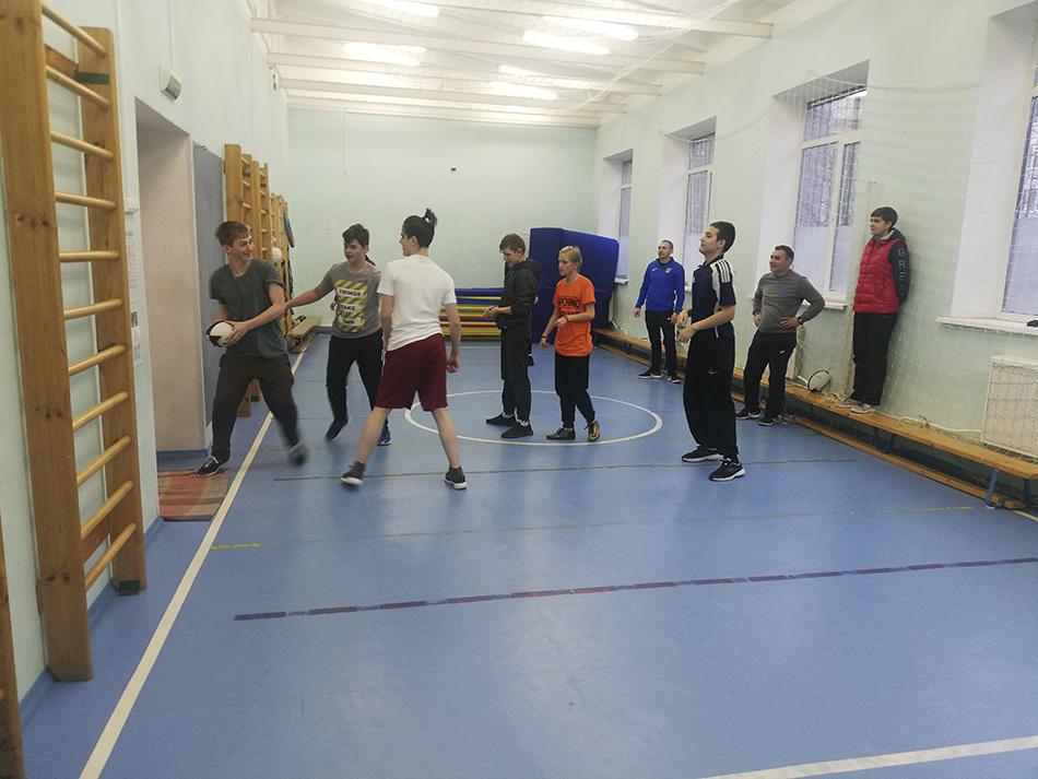 Скорость и сила: в Петербурге прошел мастер-класс по регби