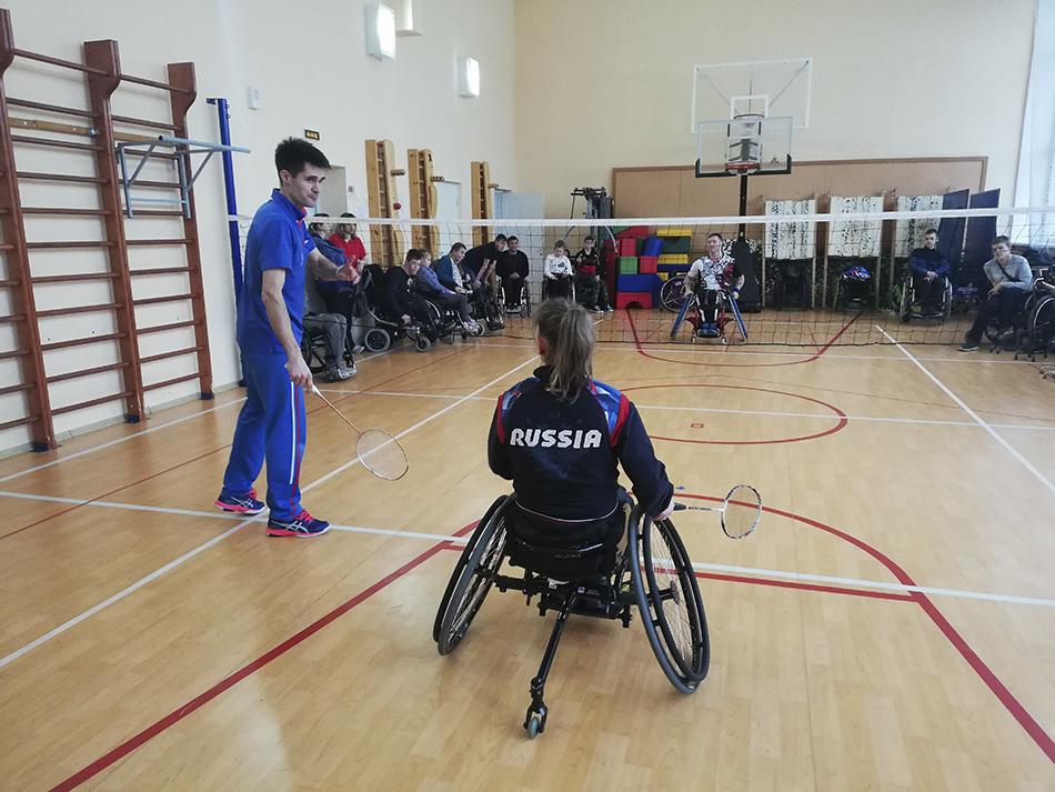 В Петербурге прошел мастер-класс по бадминтону на колясках