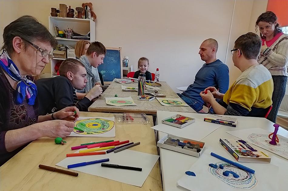Арт-терапия для ребят с инвалидностью