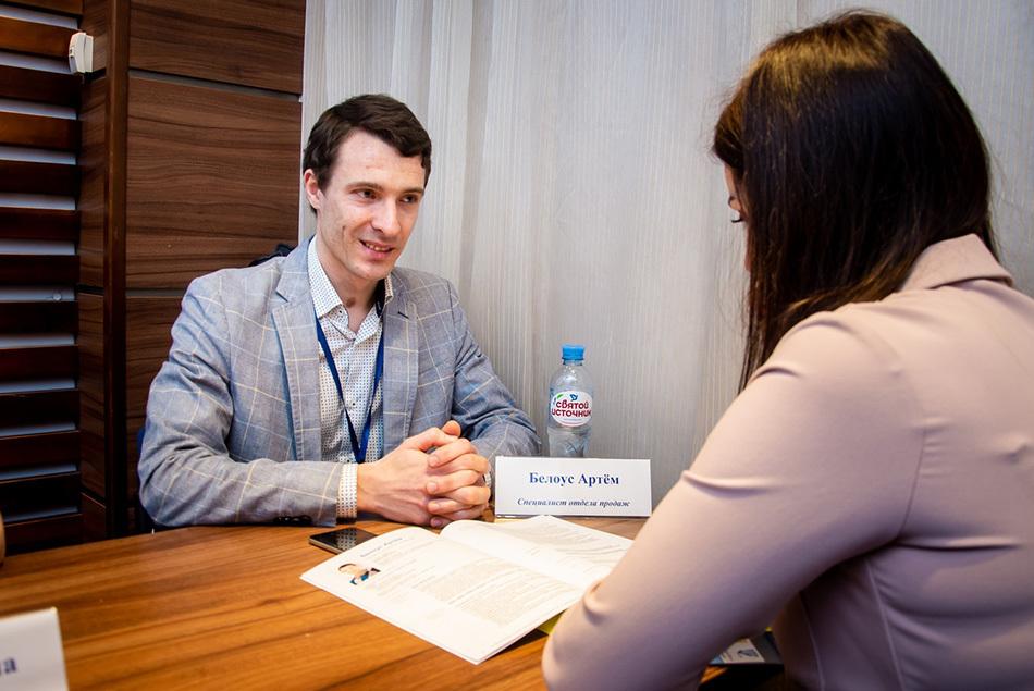 «Поверить в себя и встать на ноги»: как Артем Белоус вернулся в деловую жизнь