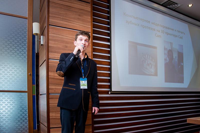 «Суперспособность» Егора Милованова: как инвалидность по слуху помогает на работе