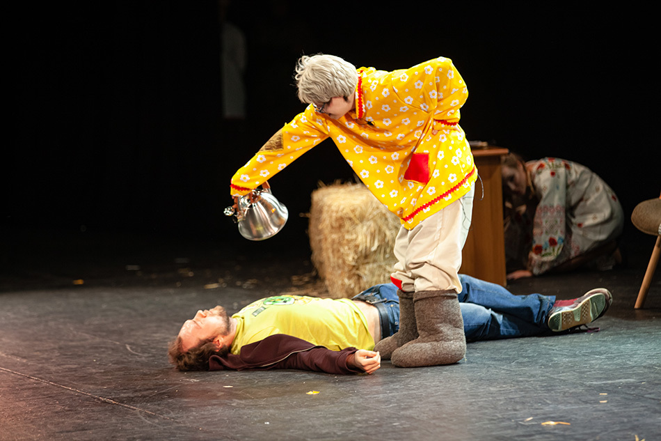 Разнимать кикимор и спасать королевство: как прошла Театральная Перспектива?