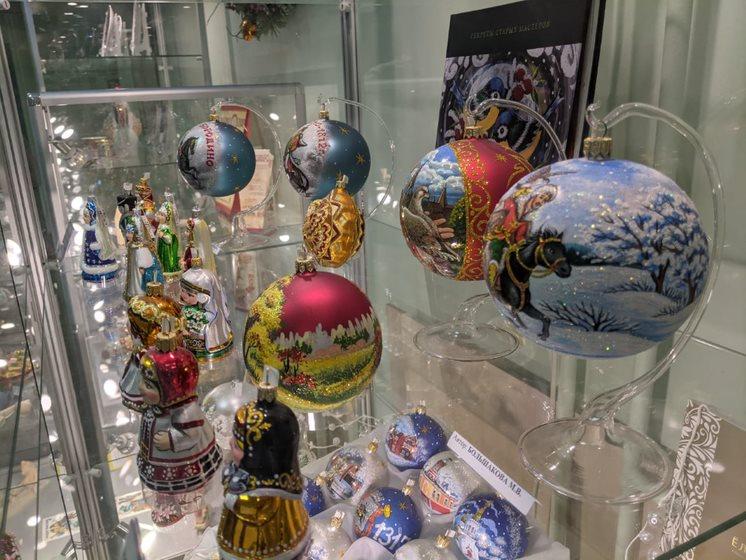 Путешествие в праздник: как прошла экскурсия в музей-фабрику ёлочной игрушки