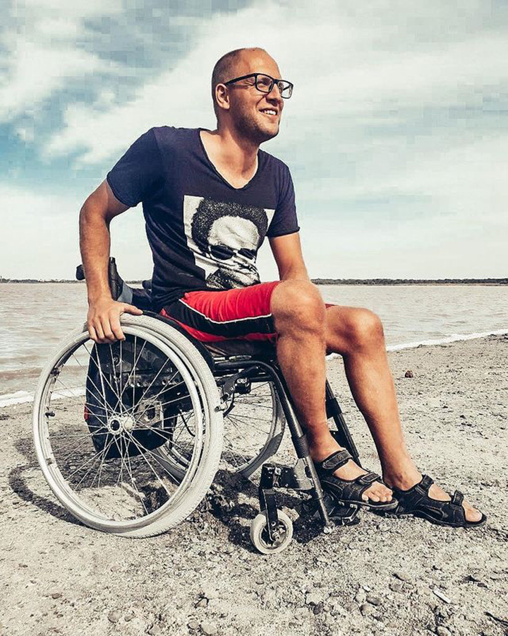 «Почему дядя на коляске?»: как говорить об инвалидности и реагировать на косые взгляды
