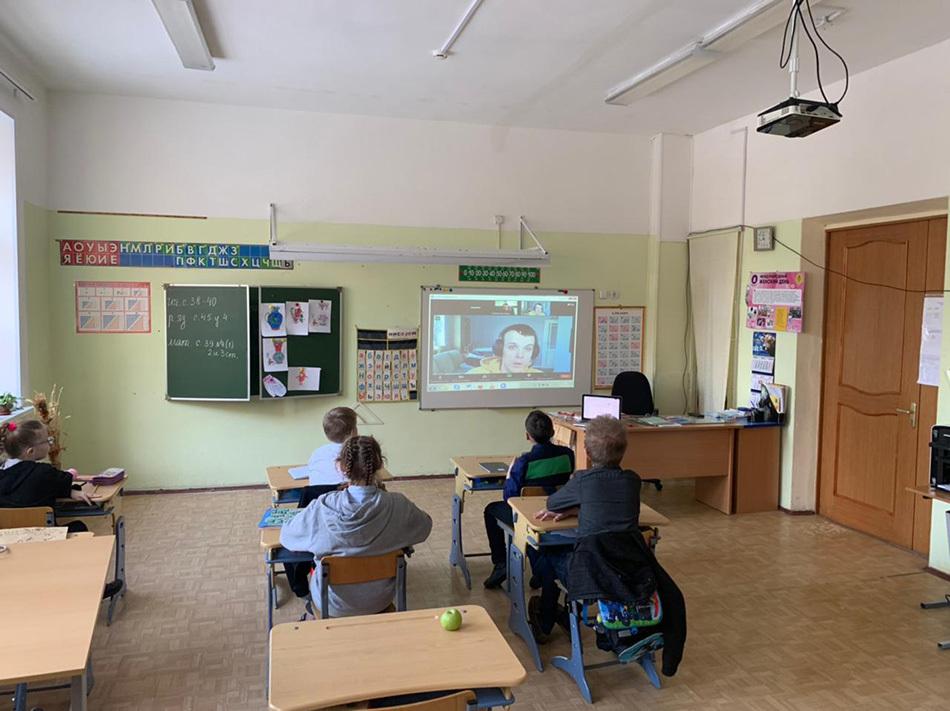 «Вдохновили встать на доску»: как прошел онлайн-урок по вейкбордингу