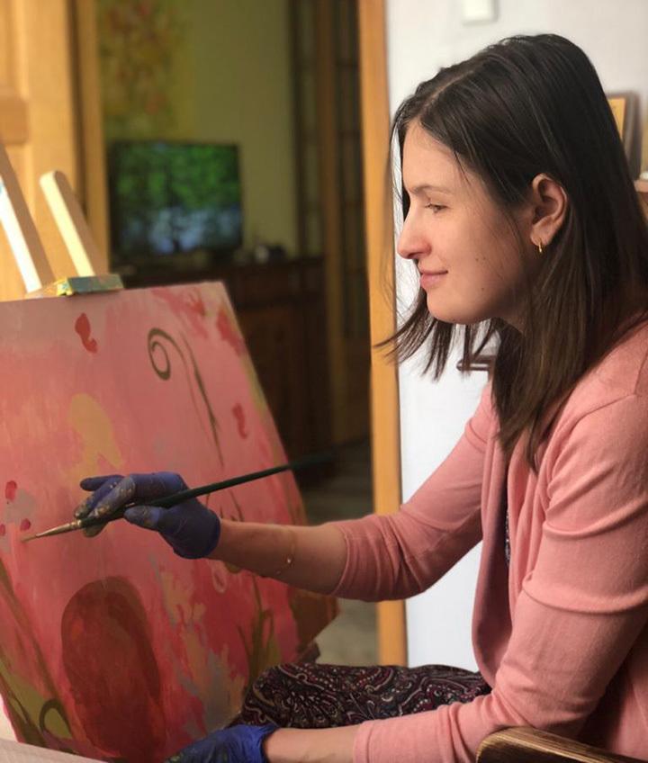 «Будто звездное небо»: незрячая художница рассказала, как видит мир