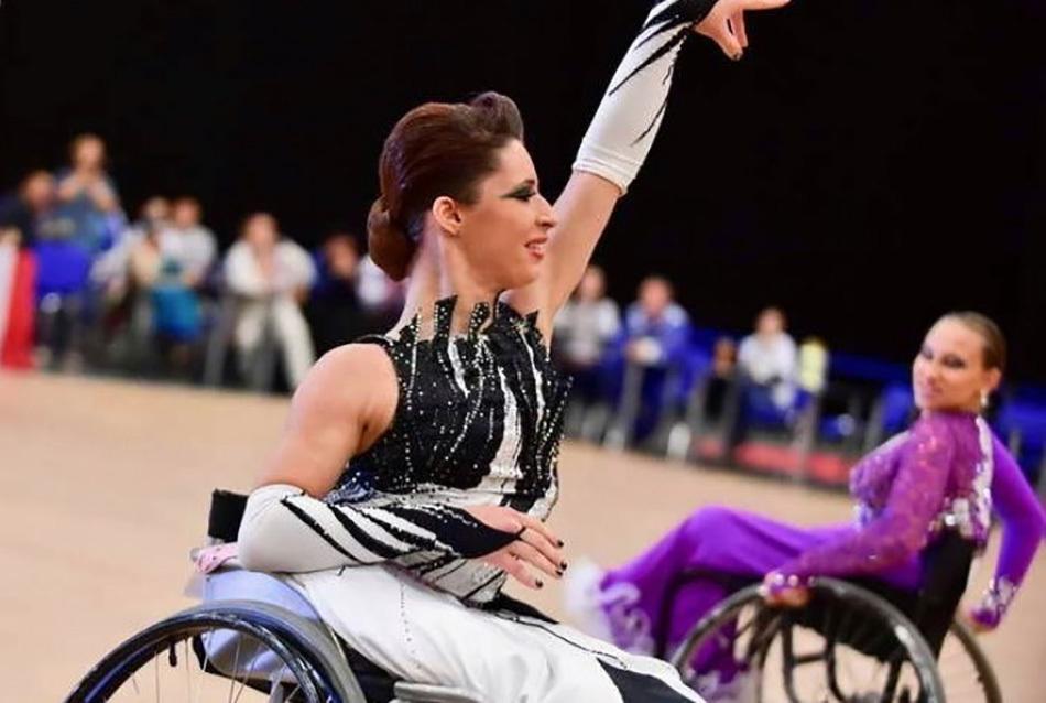 Как поставить танцы к чемпионатам по диснеевским мультикам: история Анастасии Василенко